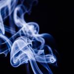 アイコスの副流煙に有害性はない?ある?まわりへの影響を調べてみた