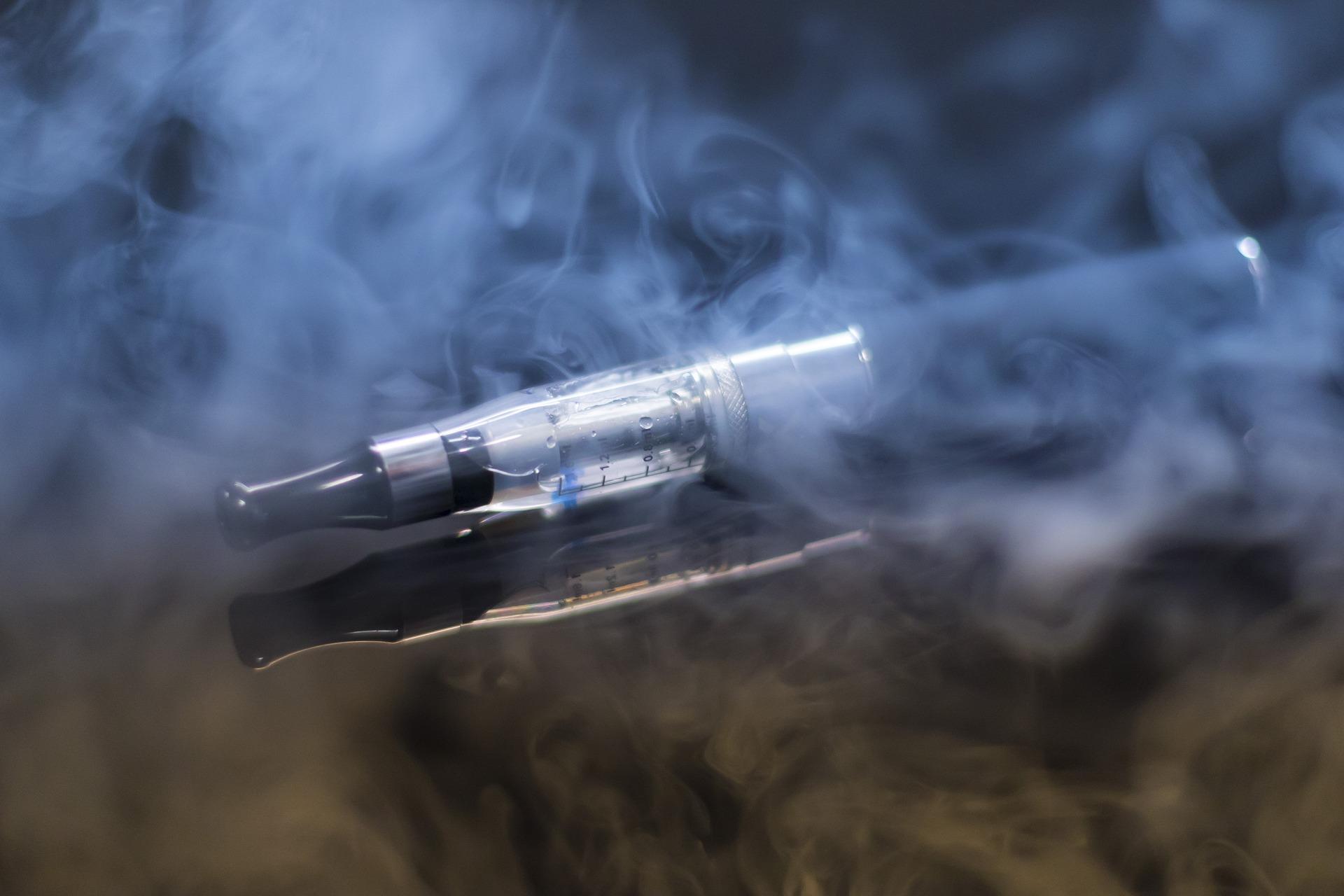 肺に優しいベイプの電子タバコ