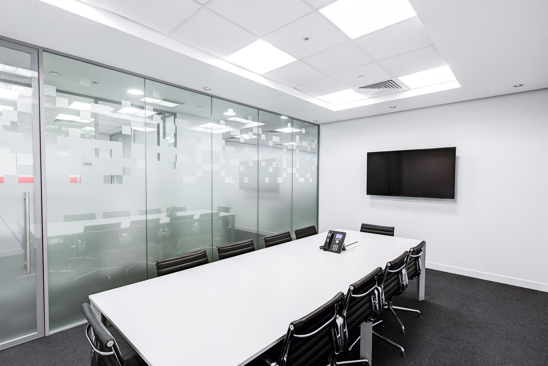 プルームテックJT会議室